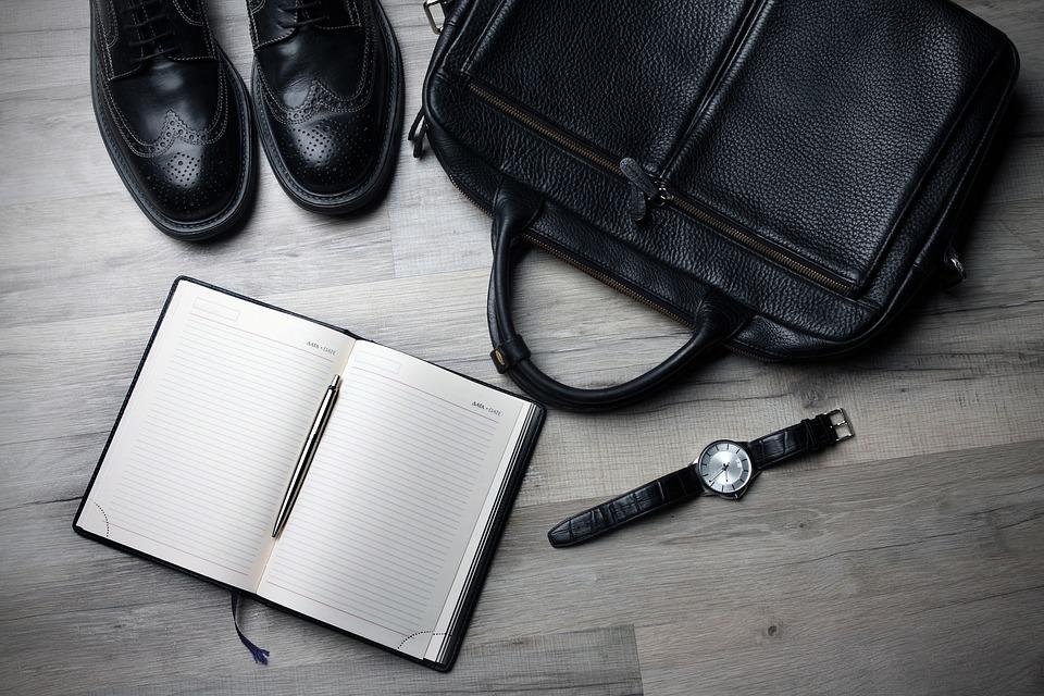 Employee turnover risk management